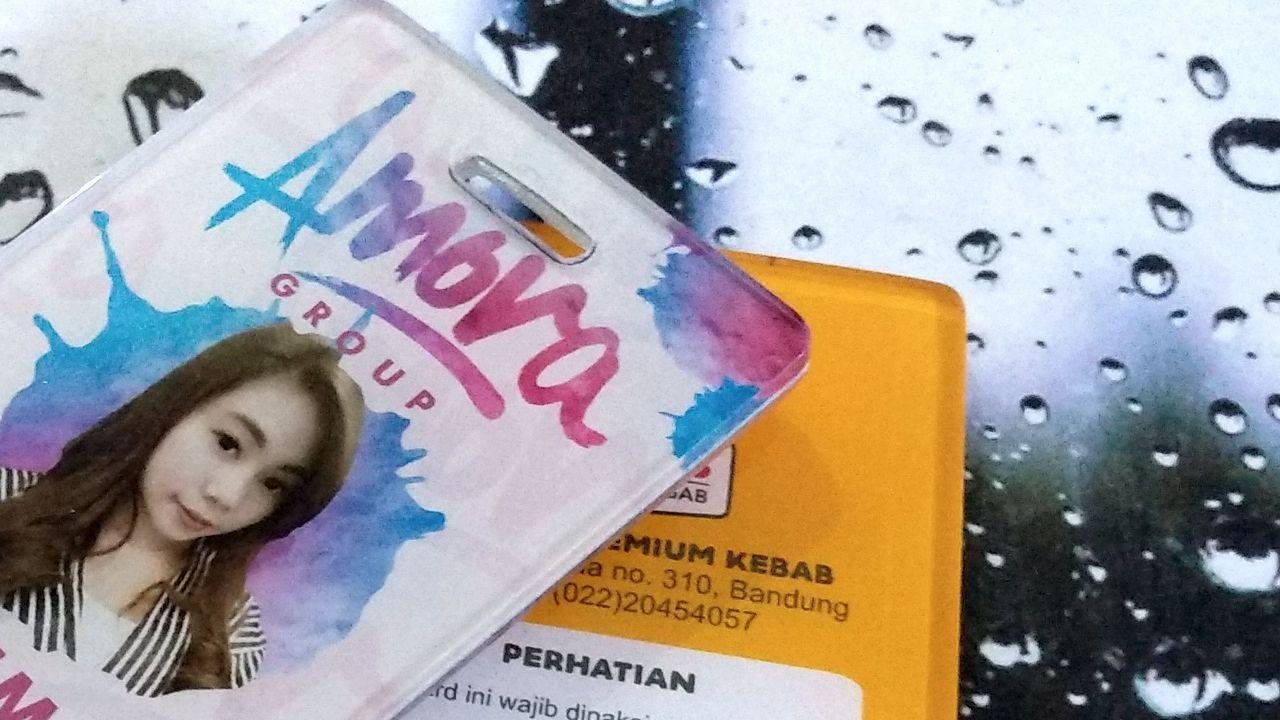 id card bahan akrilik