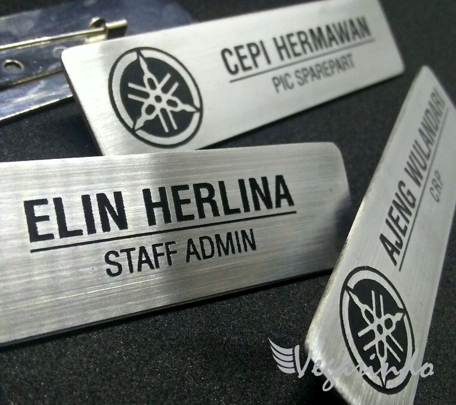contoh name tag stainless yamaha