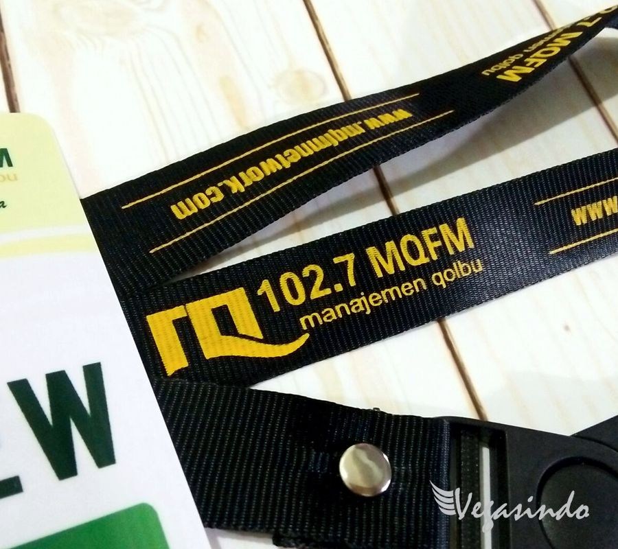contoh tali id card mq fm radio